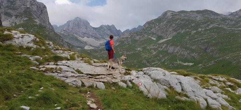 Na Balkán se psem